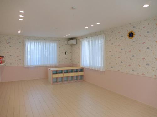 保育室 1